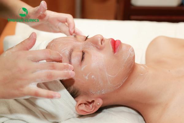Theo đó, các dịch vụ chăm sóc da mặt cơ bản hay chuyên sâu sẽ được tặng tới 45% chi phí.