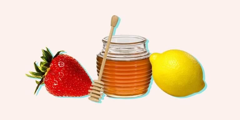 Dâu tây, mật ong, chanh giúp trị mụn đầu đen hiệu quả