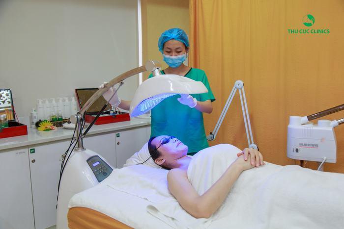 Cách chăm sóc da nhờn bị mụn cực hiệu quả