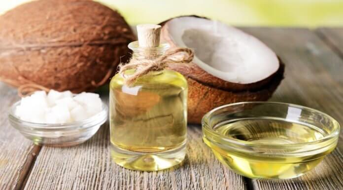 Để phòng ngừa và hỗ trợ điều trị rạn da tại nhà, nam giới nên có thể tham khảo một số biện pháp tự nhiên như dầu dừa, dầu ô liu để thoa lên da kết hợp massage da đều đặn
