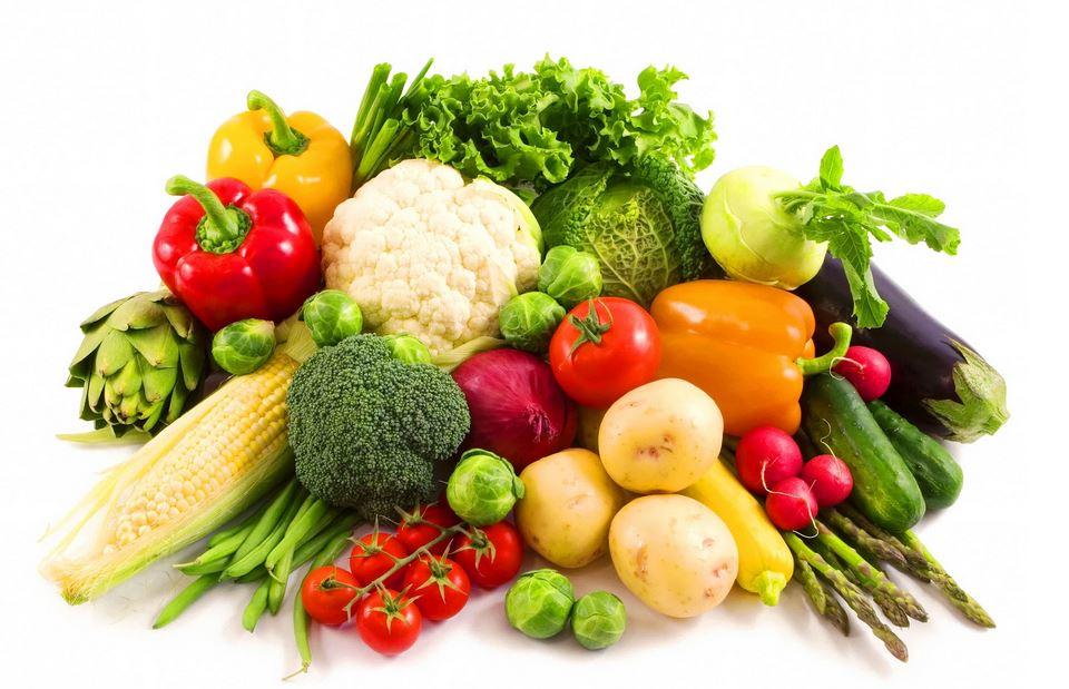 Duy trì chế độ ăn uống sinh hoạt điều độ đặc biệt ăn nhiều rau xanh để bổ sung vitamin giúp dưỡng da sáng khỏe