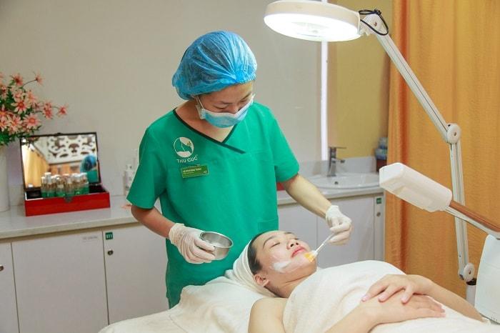 Cách chữa trị mụn đầu đen nhanh chóng nhất hiện nay