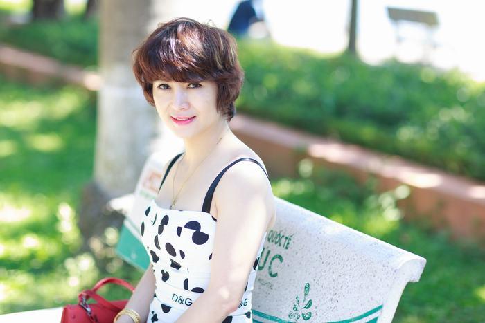 Không chỉ trị sạch nám da mà làn da sáng hồng như trẻ ra vài tuổi cũng là điều khiến chị Nguyễn Sinh - nữ doanh nhân sau trị nám bằng công nghệ Laser Yag cảm thấy hài lòng