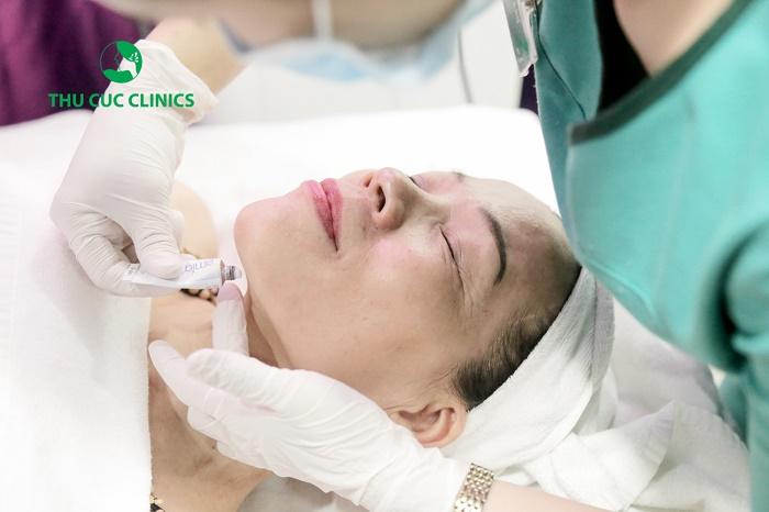 Chỉ sau duy nhất một lần thực hiện trẻ hóa da Ultra Tissue Theraphy, bạn sẽ sở hữu làn da căng mịn tự nhiên.