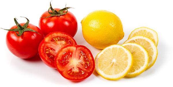 Mặt nạ chanh và cà chua còn có công dụng làm mờ màu và giảm bớt lông trên mặt. đồng thời làm trắng da.