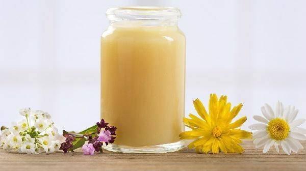 Mặt nạ từ sữa ong chúa rất an toàn nên có thể sử dụng trên mọi loại da mà không gây kích ứng.