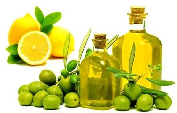 Kết hợp dầu oliu với chanh là phương pháp tự nhiên được các chị em áp dụng rất phổ biến vì an toàn, dễ thực hiện.