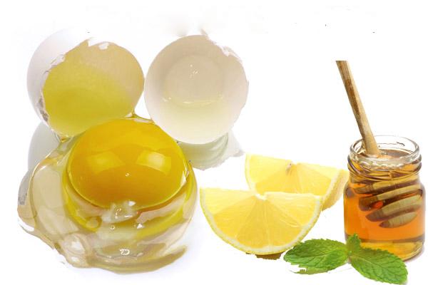 trứng gà với dầu dừa sẽ tạo nên mặt nạ giúp làm mờ các đốm tàn nhang nhanh chóng.