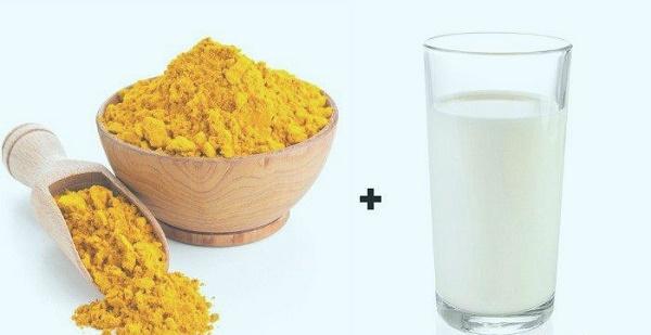 Trị nám từ bột nghệ và sữa tươi nuôi dưỡng cho làn da khỏe mạnh căng tràn sức sống.