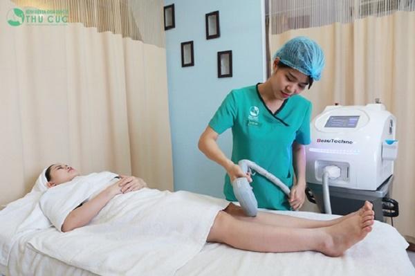 Triệt lông bằng công nghệ Laser Diode được thực hiện với quy trình rất khoa học, nhanh chóng nên không xâm lấn thời gian nghỉ dưỡng.