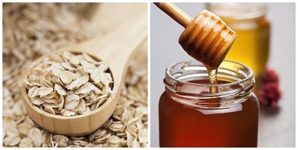 Hỗn hợp bột yến mạch và mật ong giúp loại bỏ mụn cám trên da nhanh chóng và hiệu quả.