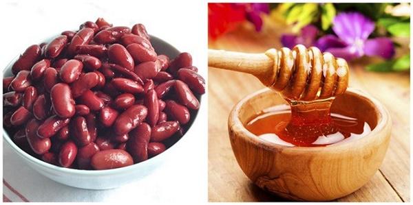 Kết hợp bột đậu đỏ, chanh và mật ong giúp dưỡng trắng da nhanh chóng.