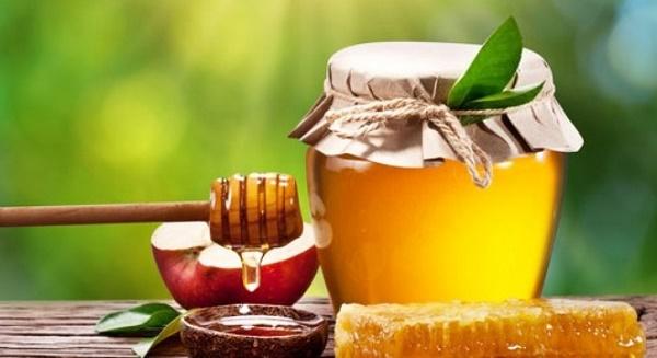 Mặt nạ mật ong có tác dụng chống lão hóa, trị nếp nhăn và đốm tàn nhang hiệu quả.
