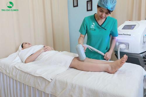 Thu Cúc Clinics đang ứng dụng hiệu quả phương pháp triệt lông Laser Diode, giúp loại bỏ lông tới 95%.