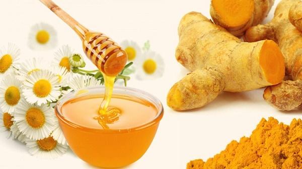 Trị nám từ tinh bột nghệ và mật ong được các chị em áp dụng rất phổ biến tại nhà.