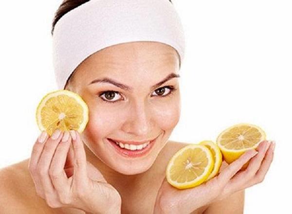 Mặt nạtrị tàn nhang từ hoa quả này cũng rất an toàn cho làn da nên bạn  có thể yên tâm sử dụng.