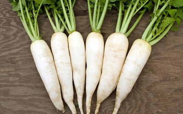 Mặt nạ củ cải có thể loại bỏ tàn nhang và vết nám trên mặt nhanh chóng, không gây kích ứng da nhạy cảm.