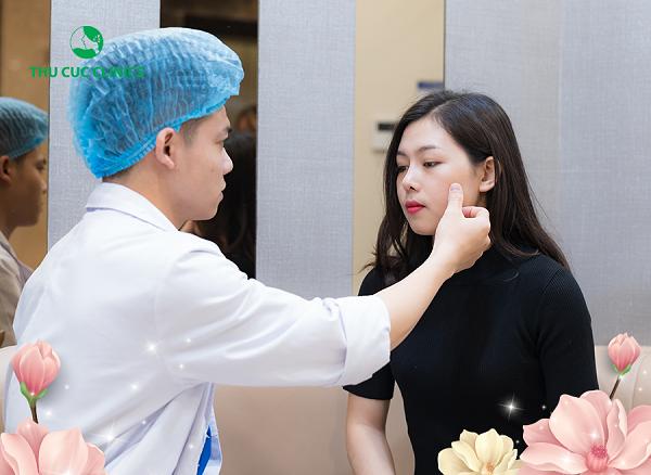 Phương pháp cấy collagen tươi tại Thu Cúc Clinics được thực hiện với quy trình khoa học, nhanh chóng.