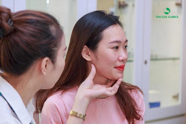 Quy trình trị mụn bằng công nghệ Blue Light tại Thu Cúc Clinics được thực hiện với quy trình rất khoa học, nhanh chóng.