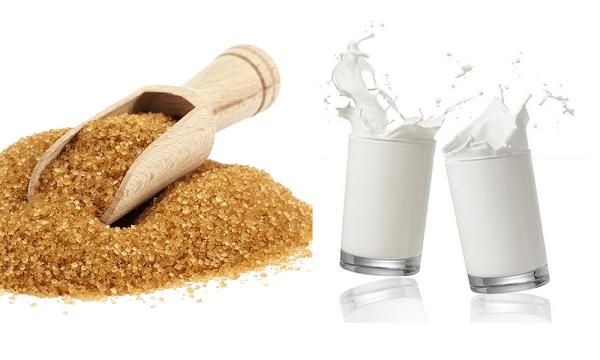 Mặt nạ đường và sữa tươi giảm thiểu quá trình lão hóa, xóa bỏ nếp nhăn vùng mắt hiệu quả.
