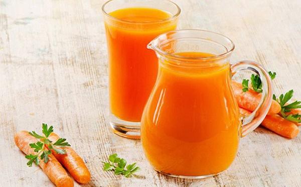 Tinh chất vitamin A có thể ngăn ngừa và giảm sự lão hóa của da, kích thích sản xuất collagen.