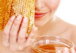 Khám phá 4 cách trị nám với mật ong