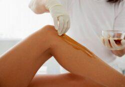 Làm thế nào để wax lông bớt đau rát?