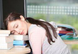 Tại sao giấc ngủ ngon là mẹo giữ mãi làn da trắng hồng rạng rỡ?