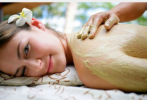 Các thành phần quý hiếm trong mặt nạ tảo biển Nhật giúp tăng tính đàn hồi, làm săn chắc và trẻ hóa làn da.