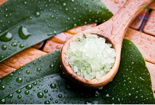 Chiết xuất từ tự nhiên, tẩy da chết và thư giãn cơ thể bằng muối và trà xanh đem đến hiệu quả tối ưu cho khách hàng