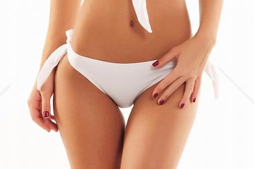 Cạo lông vùng kín giúp chị em tự tin diện bikini sexy quyến rũ