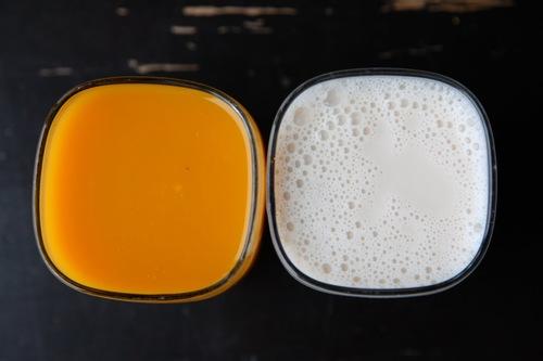 hỗn hợp sữa tươi nước ép cam là phương pháp tắm trắng hiệu quả